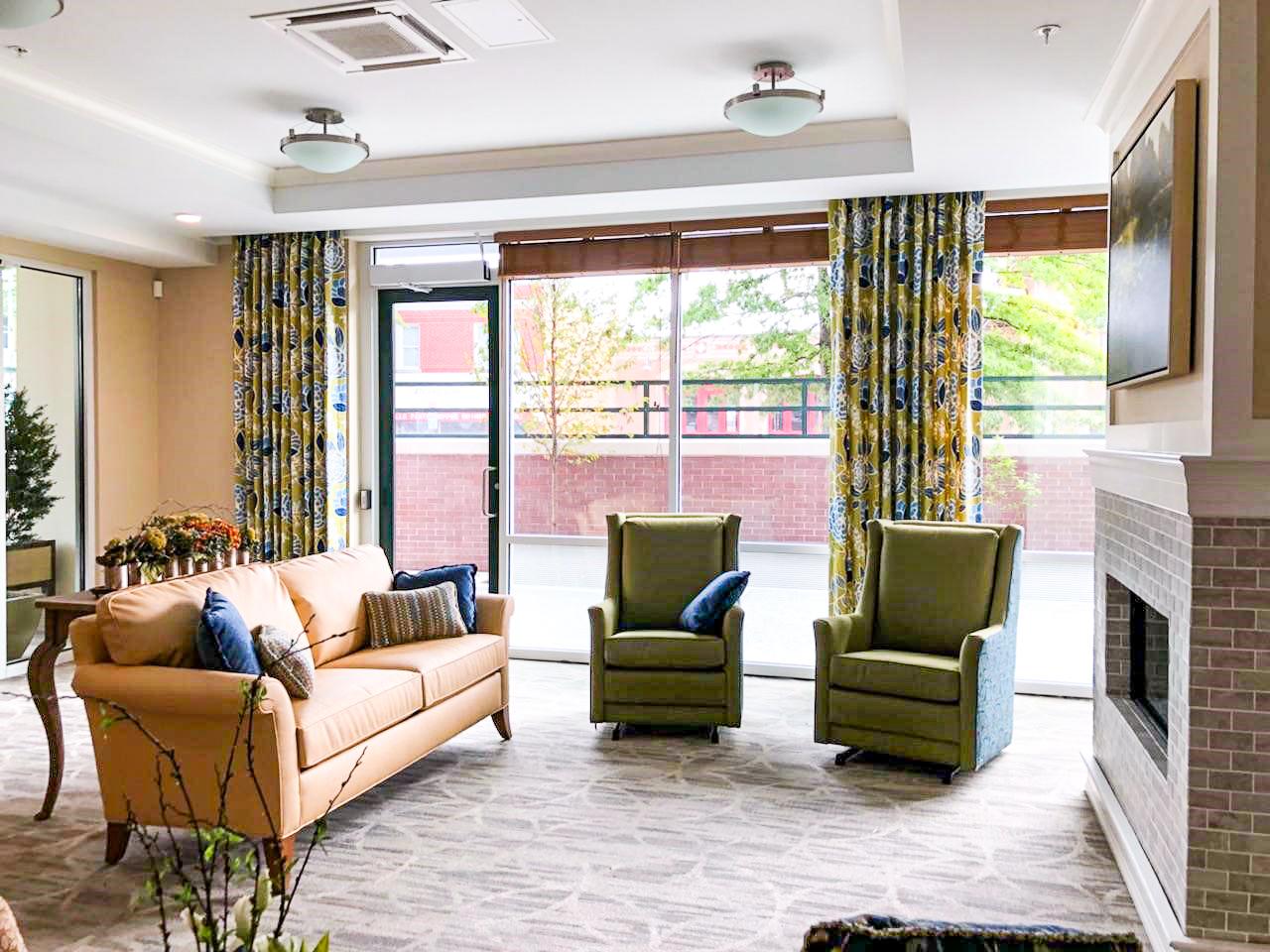 Washington DC Senior Living facility lounge fireside area